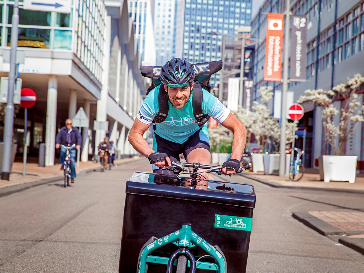 Deliveroo Why Delivering By Bike Is Faster Than By Car